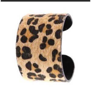 Jewelry - Cuff Bracelet Vegan Fur Leopard Print